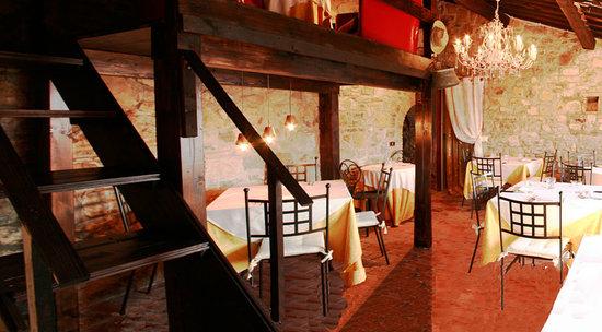 Agriturismo Angeli Biondi: taverna2