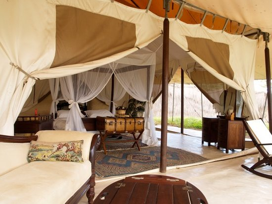 Cottar's 1920's Camp: One of the tents at Cottars
