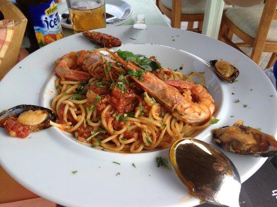 Panorama Restaurant and 7th Heaven Cafe: Spaghetti Frutti di Mare