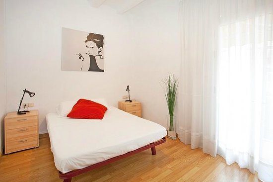 Photo of Mambo Tango Youth Hostel Barcelona