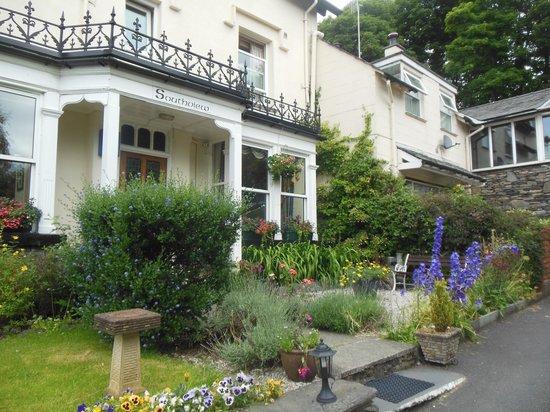 Southview Guest House -entrance