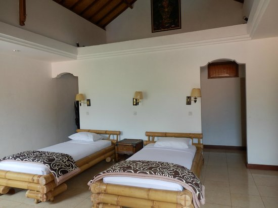 Adirama Beach Hotel: 3