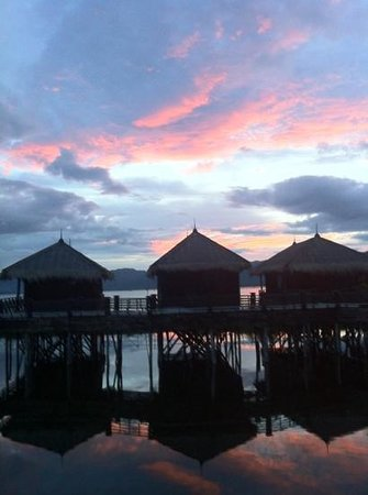 Inle Palace Resort
