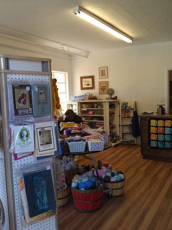 Creative Notions: Great crafting and quilting stop!