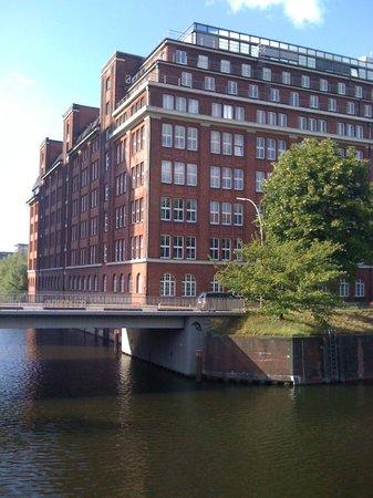 Mercure Hotel Hamburg City: Hotelansicht von vorne