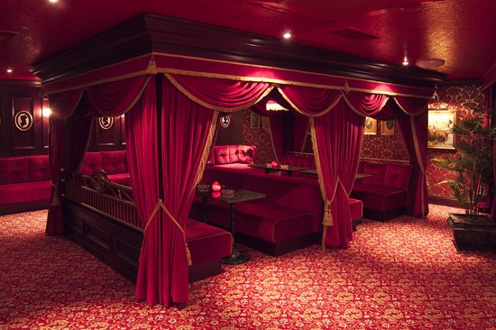 Oceana: The Parisian Boudoir