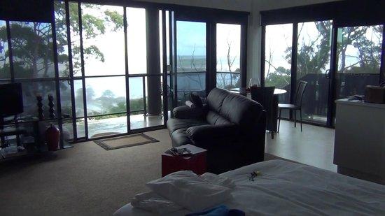 Sheer Pleasure Accommodation: lounge