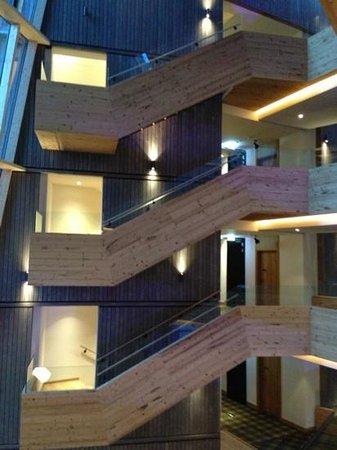 Falkensteiner Hotel Schladming: scale open di accesso ai piani