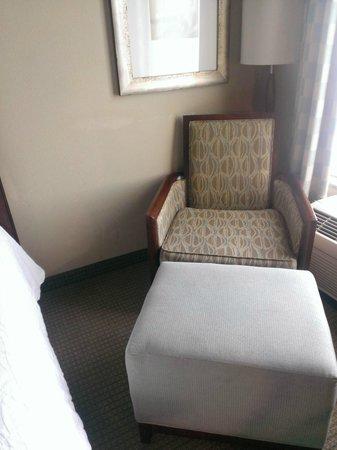 Hilton Garden Inn Frederick: Arm Chair