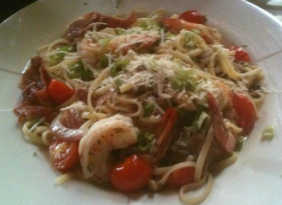 Daisy Baker's: Shrimp over linguini with oyster mushrooms