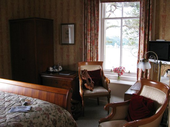 Dungallan Country House: Room