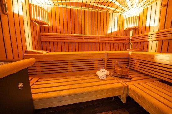wellness sauna picture of novina hotel tillypark nuremberg tripadvisor. Black Bedroom Furniture Sets. Home Design Ideas