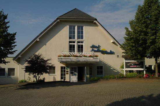 Photo of Landhaus Nicolai Hotel & Restaurant Lohmen