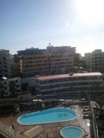 Apartamentos Dorotea: Piscina