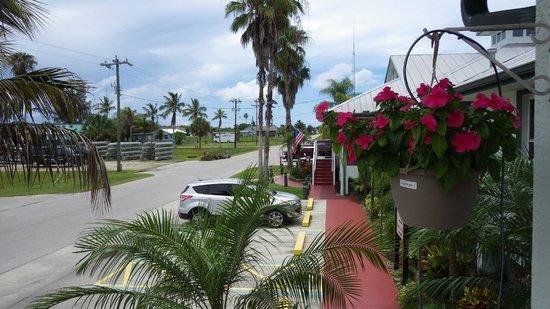 Ivey House: Outside