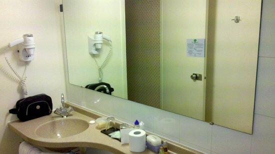 Hotel Kensington : Banheiro