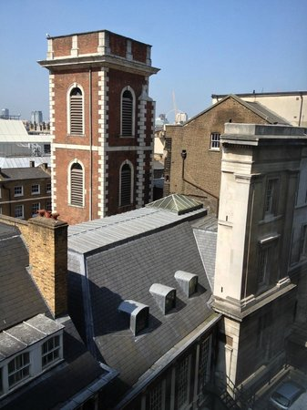 London Bridge Hotel: View from the window