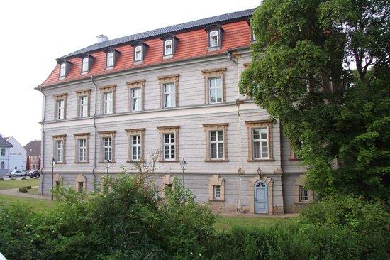 Mercure Hotel Schloss Neustadt-Glewe: Seitenansicht