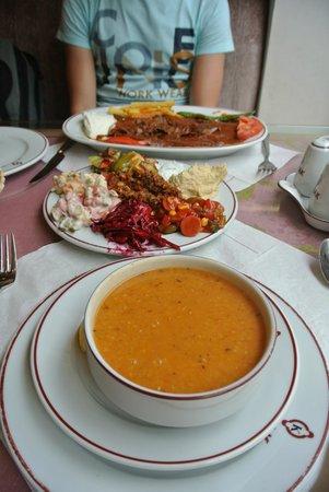 Konak: Soup, meze, kebap