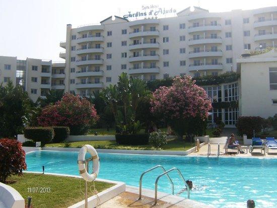 The Jardins d'Ajuda Suite Hotel: Vista parte de trás hotel