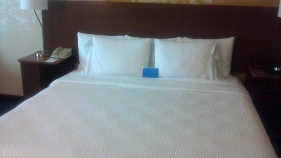 Oswego Grill : King Size Bed