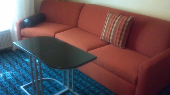 Fairfield Inn & Suites Portland South/Lake Oswego : Sofa area