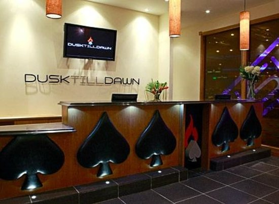 Dusk till Dawn: Welcoming reception area