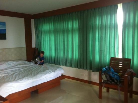 Baumancasa Karon Beach Resort: семейный номер
