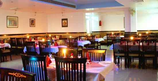 Hotel Abhay Palace: SWAD Restaurant