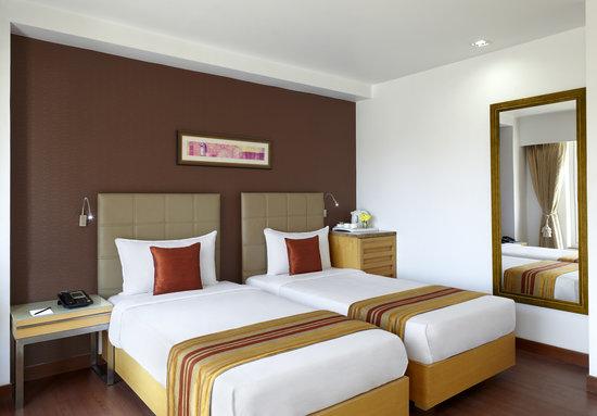 Hotel Suba Star: DOUBLE BED