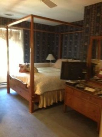 The Eagle Harbor Inn: Josie Room