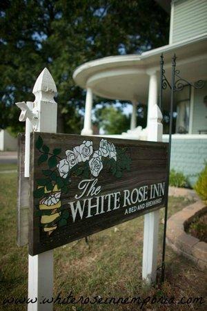 The White Rose Inn