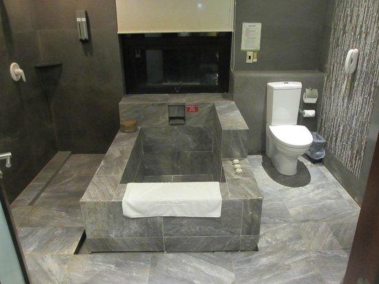 The Loft Seaside Suites : Salle de bains