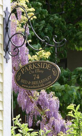 Parkside on Ellery Spring Welcome