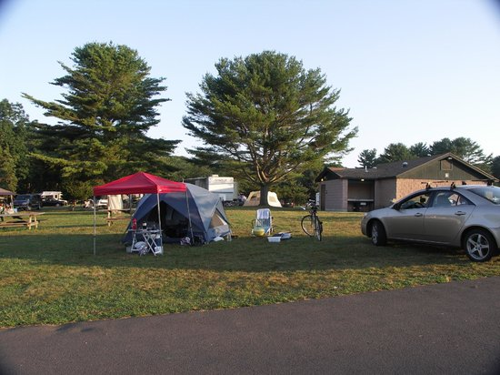 Hammonasset Beach State Park: Beach campground
