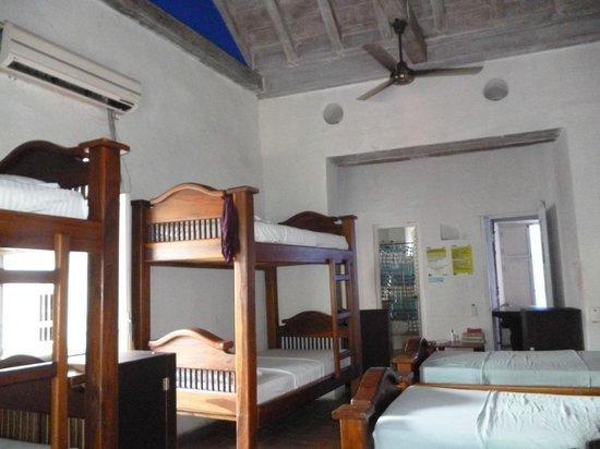 Casa Blue Business & Hotel : Dormitorios