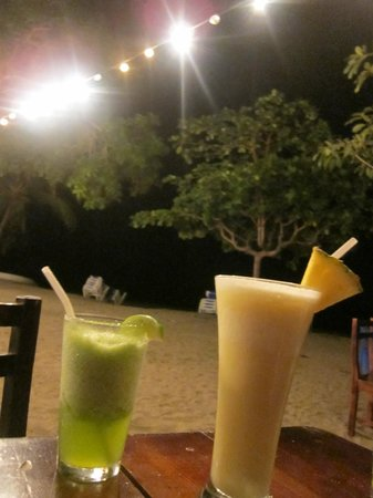 Aqua Sport: Drinks at night