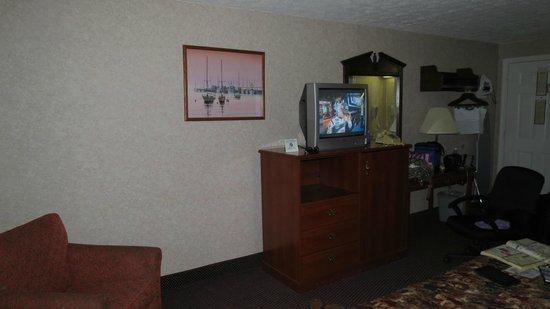 Days Inn Airport/Maine Mall : room again