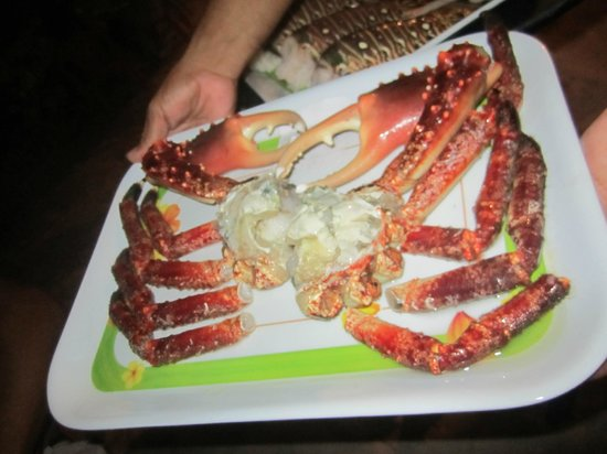Residencias Reef Condos : Restaurant down the beach- Albertos