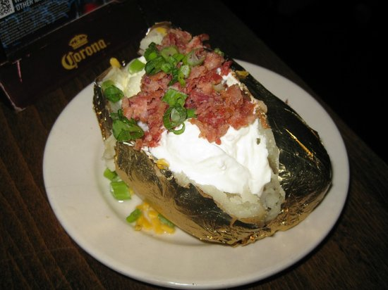 Wyoming's Rib and Chop House: Loaded baked potato