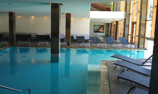 Falkensteiner Hotel & Spa Carinzia: la piscina interna