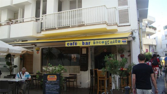 ‪Incognito Cafe Bar‬