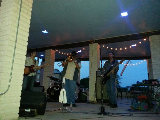 The Lodge at Turkey Cove: live music summer night blues