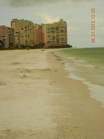 Marriott's Crystal Shores: Marriott Beach
