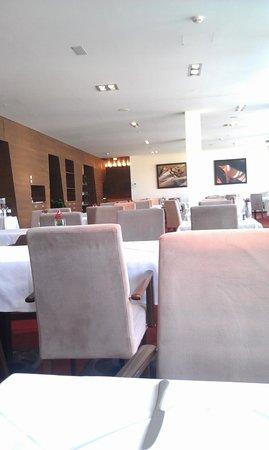 Falkensteiner Hotel & Spa Carinzia: zona colazione