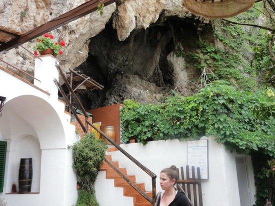 Le Grottelle : La roccia naturale
