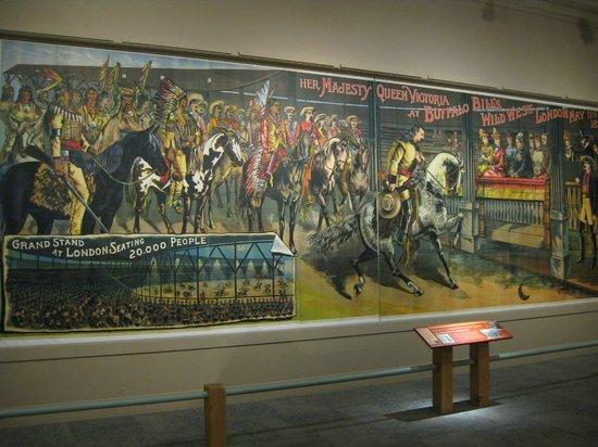 Buffalo bill hologram picture of buffalo bill center of for Bufflon revetement mural
