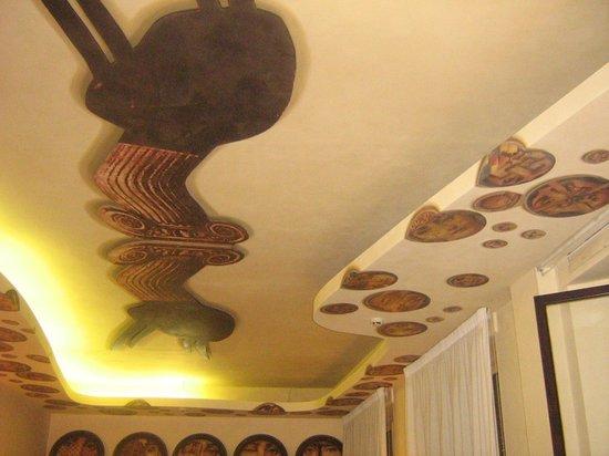 Caciocavallo: particolare del particolare soffitto!