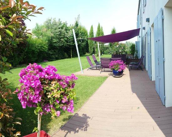 la villa cecile vouhe frankrijk foto 39 s reviews en prijsvergelijking tripadvisor. Black Bedroom Furniture Sets. Home Design Ideas