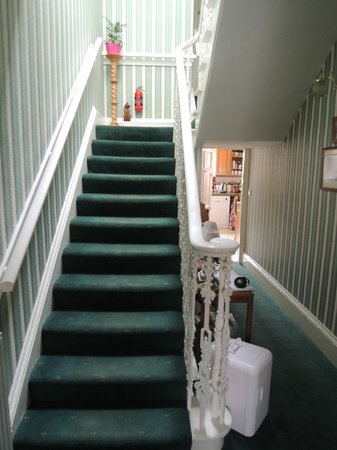 Ardgarry Guest House: Staircase